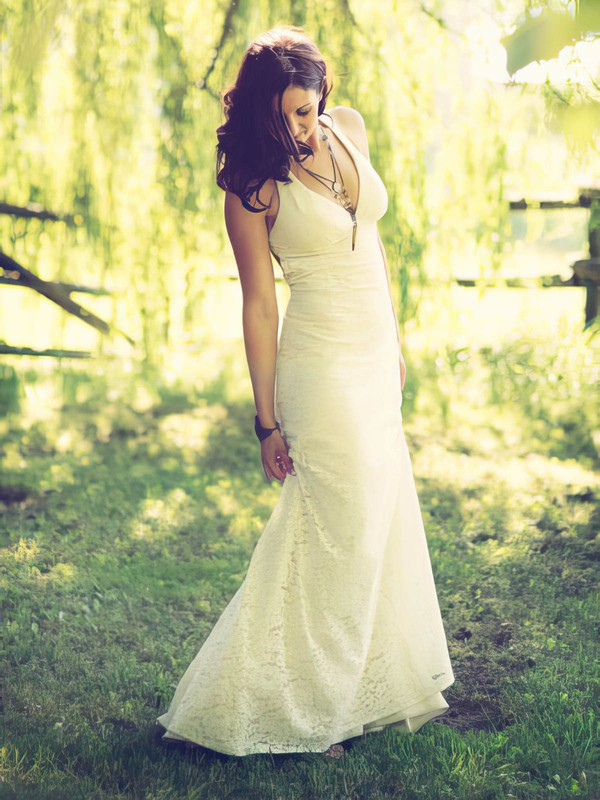 Ivory Lace Sheath/Column V-neck Sexy Open Back Wedding Dresses #PWD00021430