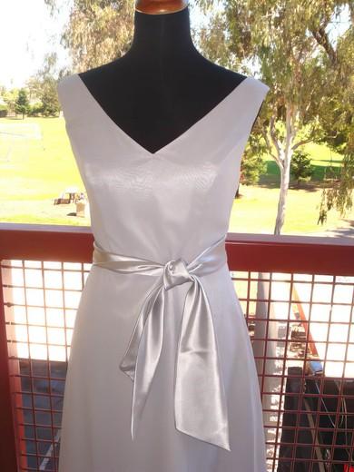 Sheath/Column Knee-length Chiffon Sashes / Ribbons V-neck Bridesmaid Dresses #PWD01012193