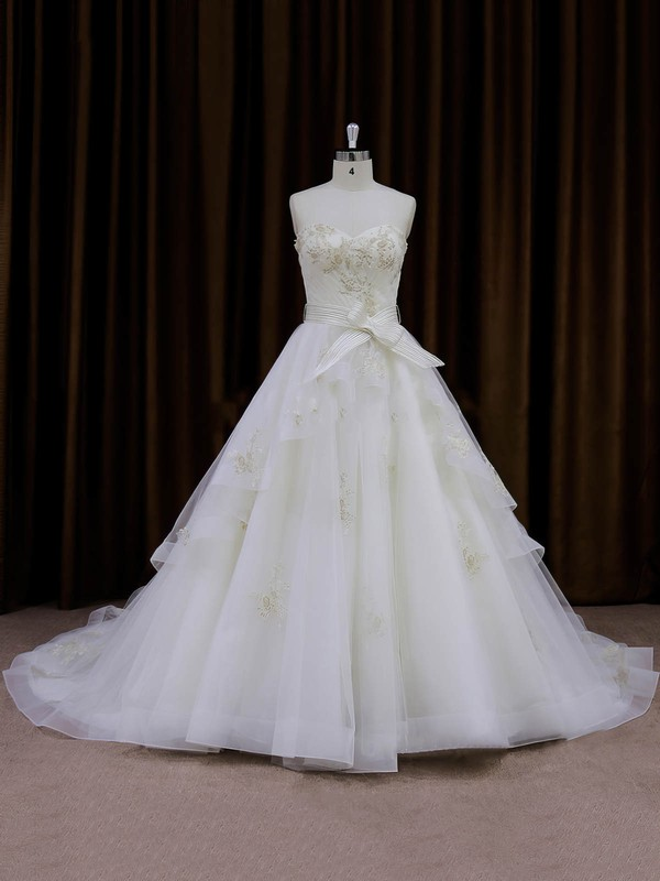 Inexpensive Chapel Train Ivory Organza Appliques Lace Sweetheart Wedding Dresses #PWD00021696