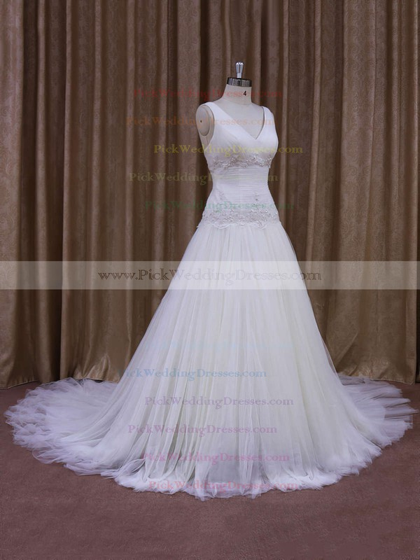 Ivory Tulle Chapel Train Appliques Lace V-neck Discount Wedding Dress #PWD00021831