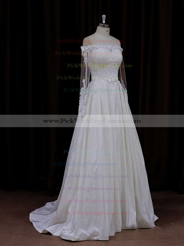 Long Sleeve Off-the-shoulder Simple Taffeta Appliques Lace Ivory Wedding Dresses #PWD00021883