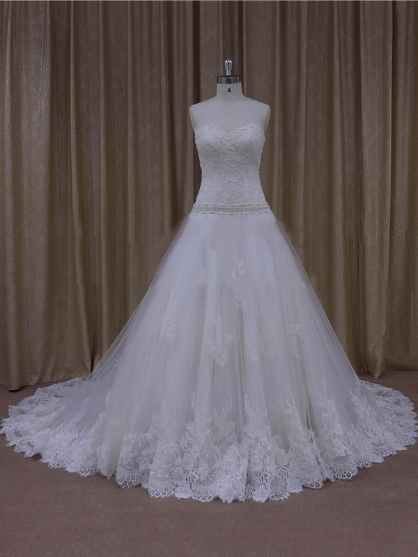 Gorgeous Sweetheart Appliques Lace Court Train White Tulle Wedding Dresses #PWD00022001