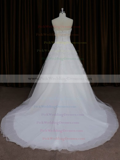Vintage Sweetheart Tulle Appliques Lace Ivory Court Train Wedding Dresses #PWD00022059