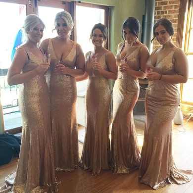 Sparkly Sweep Train V-neck Sequined Trumpet/Mermaid Bridesmaid Dresses #PWD01012758