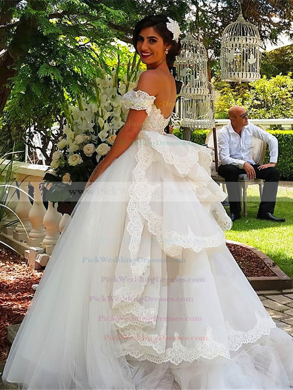 Glamorous Ball Gown Sweetheart Tulle Appliques Lace Watteau Train Backless Wedding Dresses #PWD00022543
