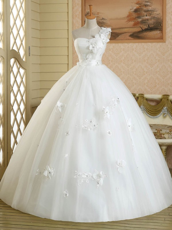 White Ball Gown Tulle Appliques Lace Floor-length Vintage One Shoulder Wedding Dress #PWD00022582