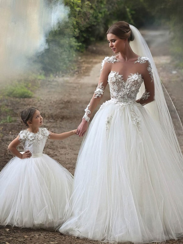 Famous Scoop Neck Tulle Appliques Lace Chapel Train Long Sleeve Ball Gown Wedding Dress #PWD00022593