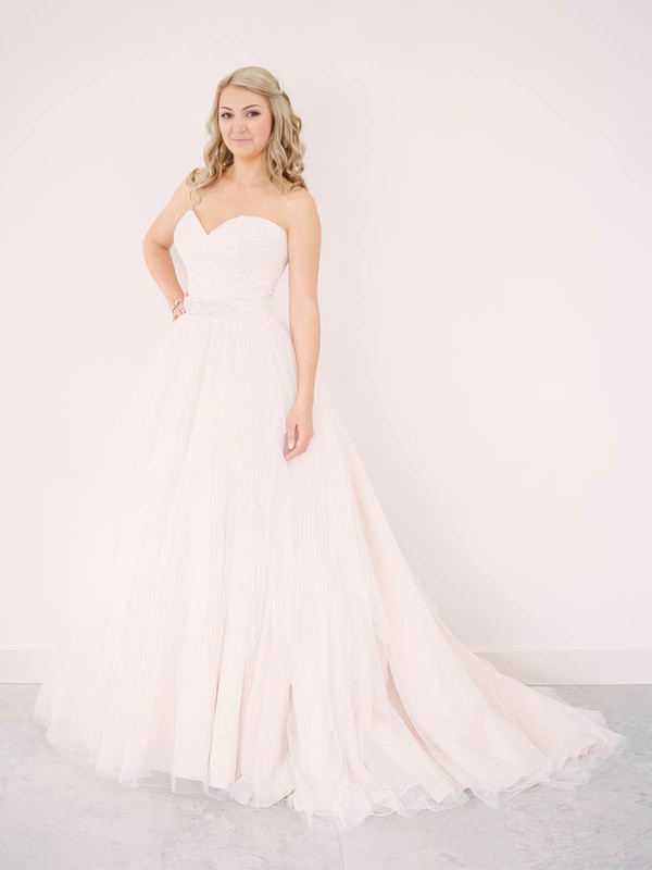 A-line Sweetheart Tulle Lace Sashes / Ribbons New Arrival Detachable Wedding Dresses #PWD00022640