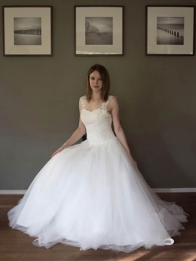 Discounted A-line Sweetheart Tulle with Appliques Lace Floor-length Wedding Dresses #PWD00022691