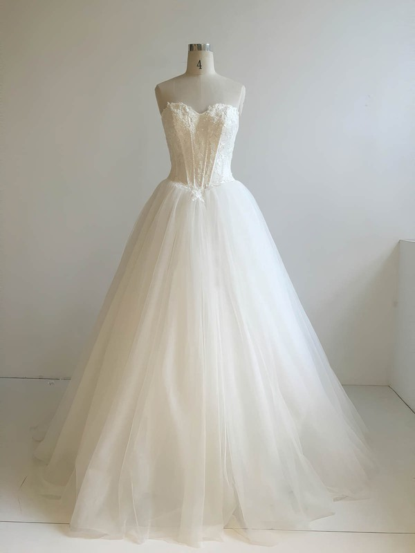 Tulle Sweetheart Floor-length Ball Gown with Appliques Lace Wedding Dresses #PWD00022947
