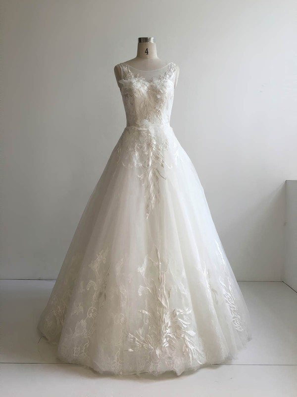 Lace Tulle Scoop Neck Floor-length Ball Gown with Appliques Lace Wedding Dresses #PWD00022951