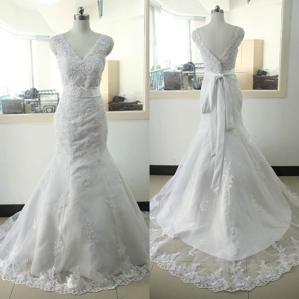 Tulle V-neck Sweep Train Trumpet/Mermaid with Appliques Lace Wedding Dresses #PWD00023023