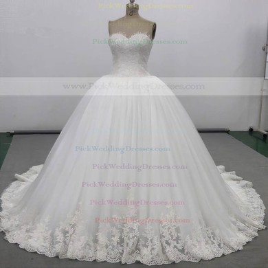 Tulle Sweetheart Chapel Train Ball Gown with Appliques Lace Wedding Dresses #PWD00023034