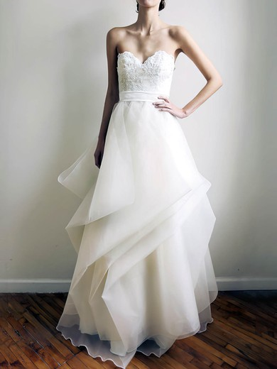 Ivory Sweetheart Classy Organza Appliques Lace Wedding Dress #PWD00020772